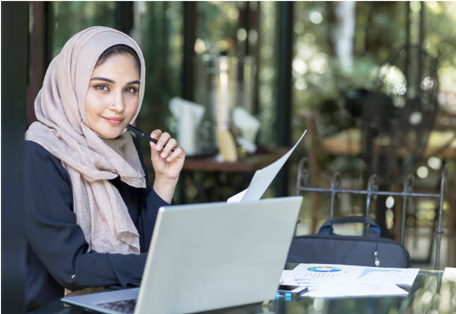 HOW TO STYLE YOUR HIJAB FOR EVERY OCCASION, FROM GYM SESSIONS TO DINNER DATES?