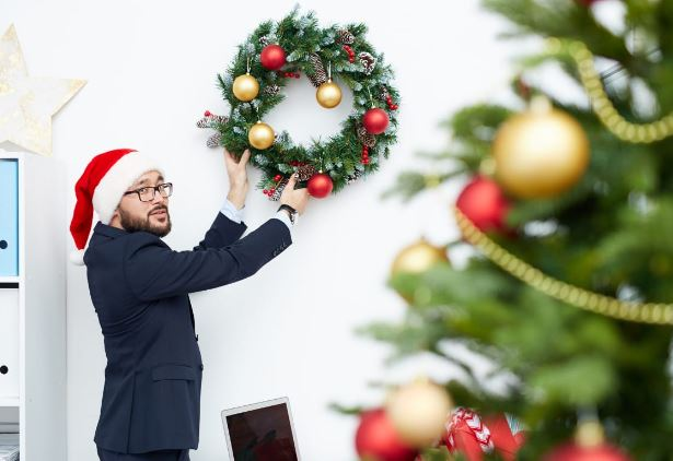 4 Exciting Christmas in July Party Ideas