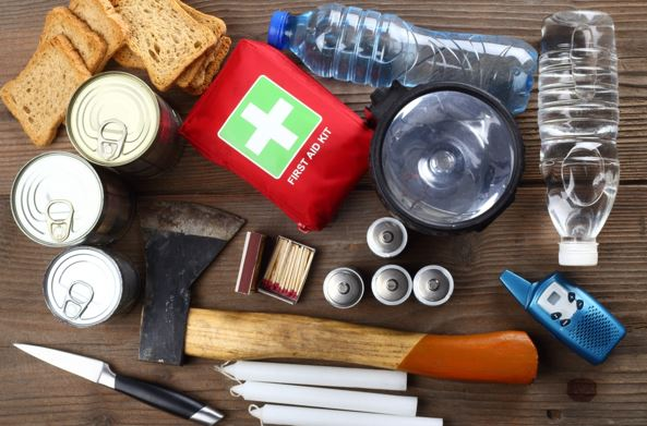 5 Essential Tools for When You Experience the Great Outdoors