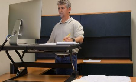 How to Choose the Best Standing Desk Converter