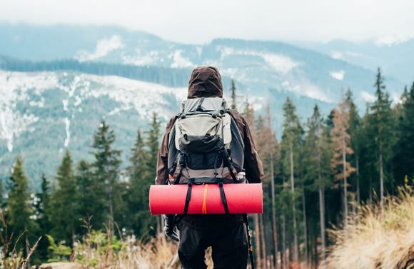 Top 5 Essential Pieces of Hiking Gear You Absolutely Need