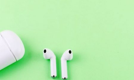 A Simple Guide on How to Clean AirPods