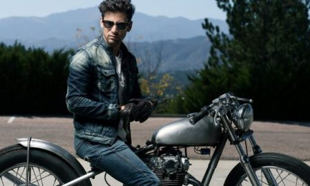 Top 4 Factors to Consider When Buying Motorcycle Gloves