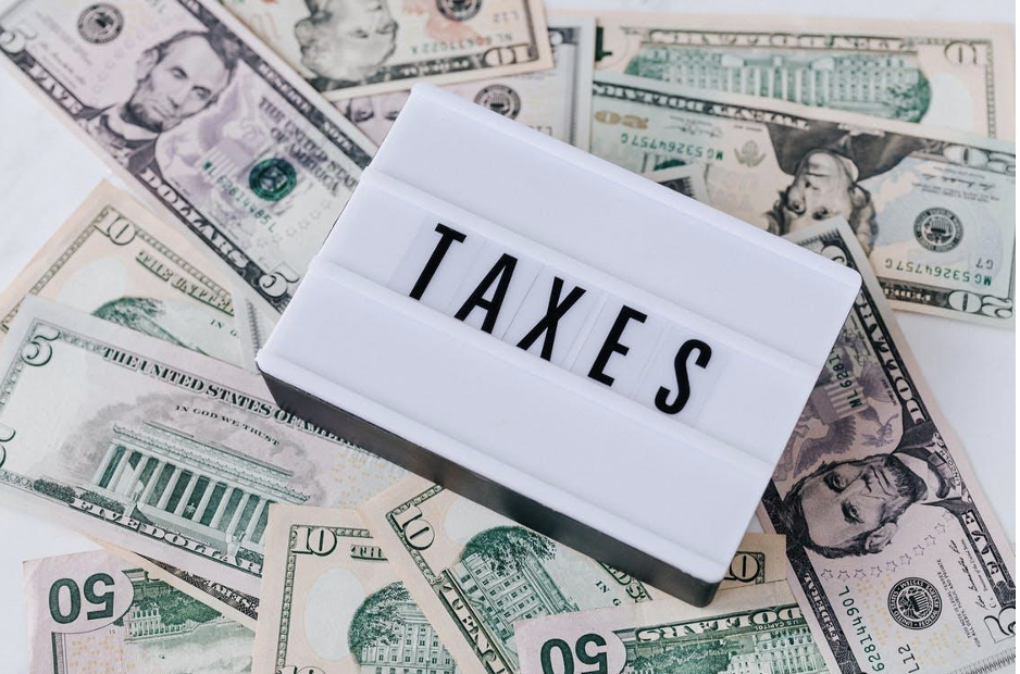 A Basic Guide: How Much Do Small Businesses Pay in Taxes?