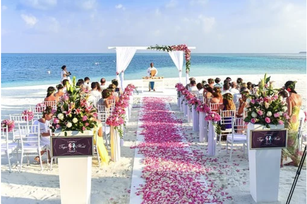 Tropical Wedding Ideas That Will Transform Your Big Day Into an Oasis
